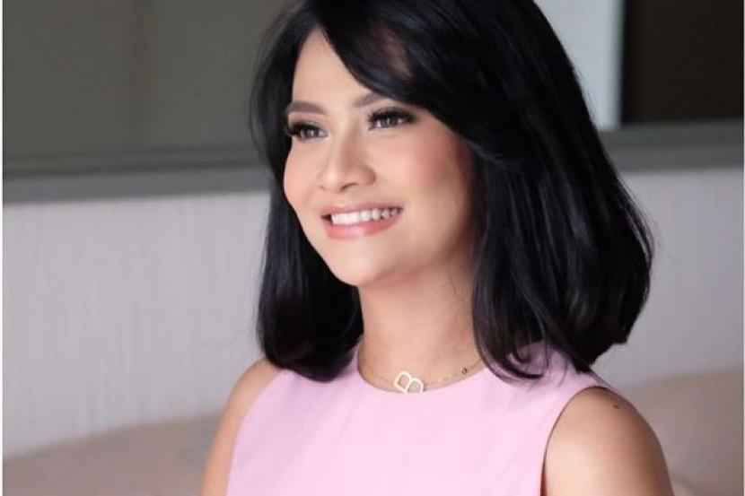 Artis Kontroversi Indonesia Vanessa Angel Tiada Pendapatan Terpaksa Jual Kebab Bintang Global Mstar