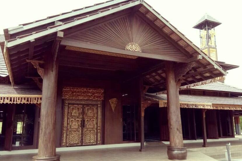 Kalau Ke Kelantan Singgahlah Ke Masjid Ar Rahman Setiap Kisah Binaannya Pasti Buat Anda Terpukau Destinasi Mstar
